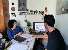 Магистрант второго года обучения из Ирака Мохаммед Аль-Джазаери провел мастер класс в художественной школе г. Майкопа для педагогов города
